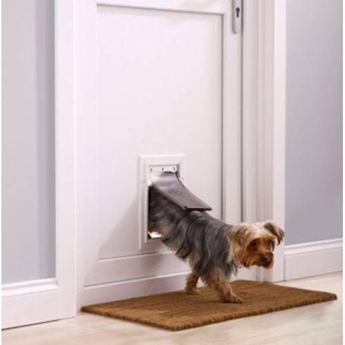 Chati re staywell aluminium pour chien petsafe auberdog - Plan niche pour chat exterieur ...