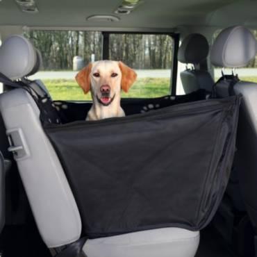 protection si ge de voiture luxe troit pour chien trixie auberdog. Black Bedroom Furniture Sets. Home Design Ideas
